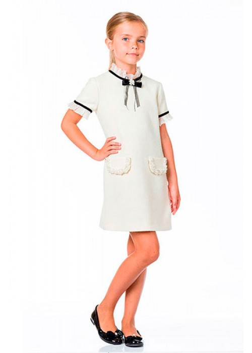 Classic dress with pearls milk