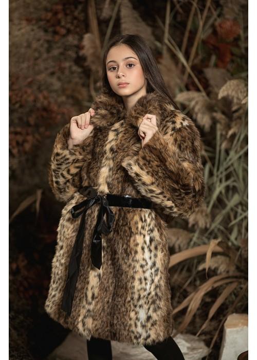 Fur coat Lynx color